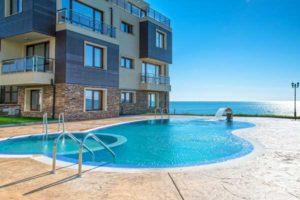 plage piscine abord beton imprime