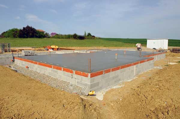fondation maison beton radier