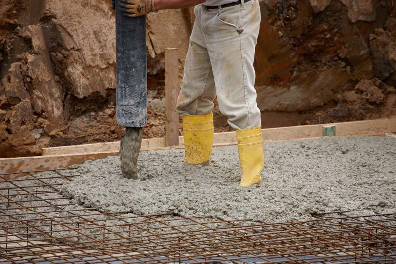pompage beton prêt à l'emploi dalle beton