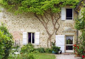 maison avec facade pierre