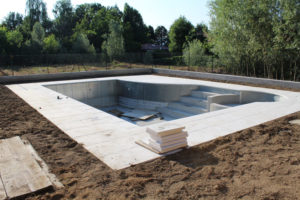 construction piscine beton